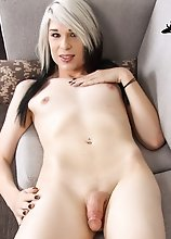 Sexy Willow Krueger is as hot transgirl with a sexy slim smooth body, natural boobs, a sexy firm ass and a delicious cock! Enjoy this hot transgirl ma