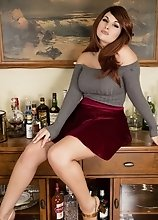 Get Tipsy for Cock and Horny as Fuck as your bartender Bailey Serve you Drinks Naked